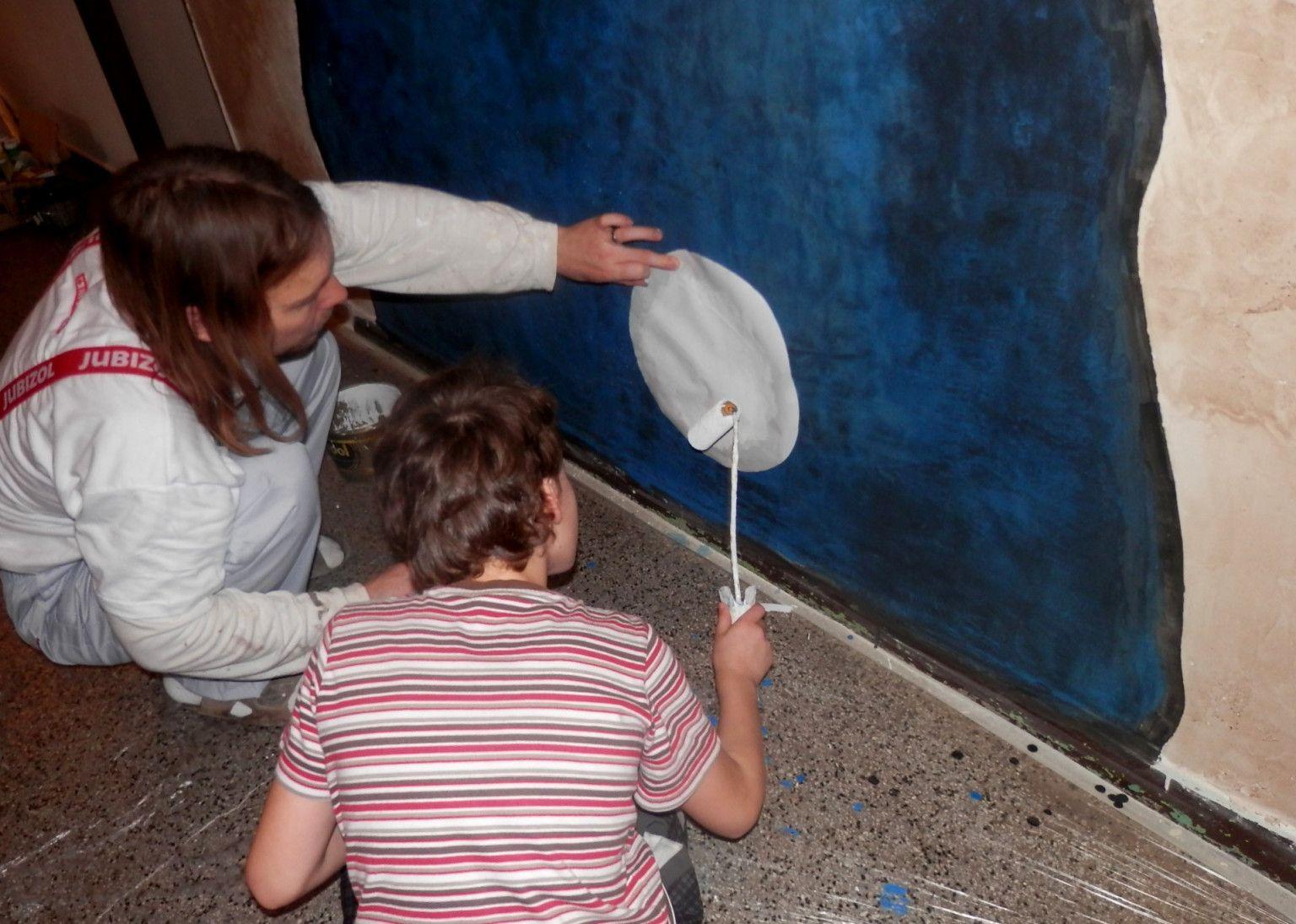 Nástěnná malba - Malba drobných hvězd